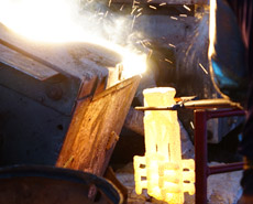 Molten metal pouring
